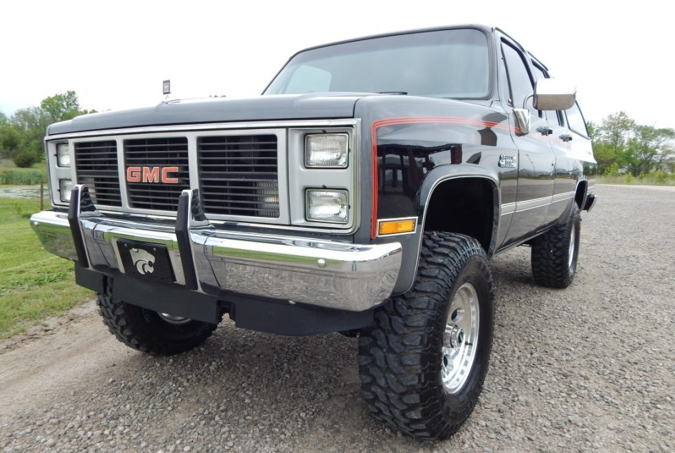 Gmc 1500 >> 1987 GMC Suburban 1500 - The Toy Shed Trucks