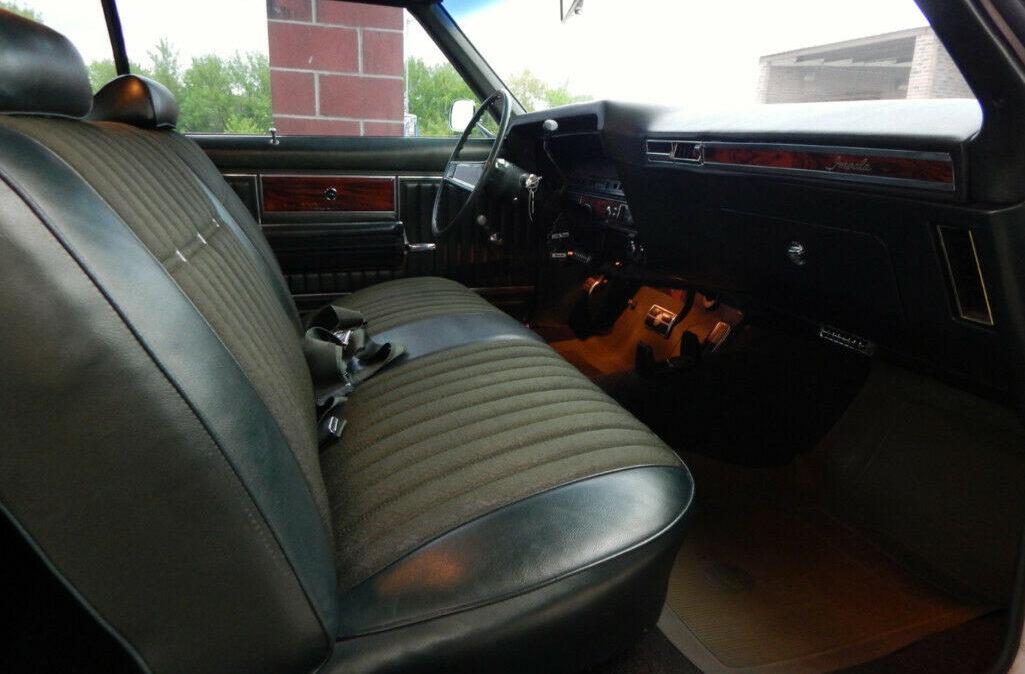 1969 Chevrolet Impala Custom10