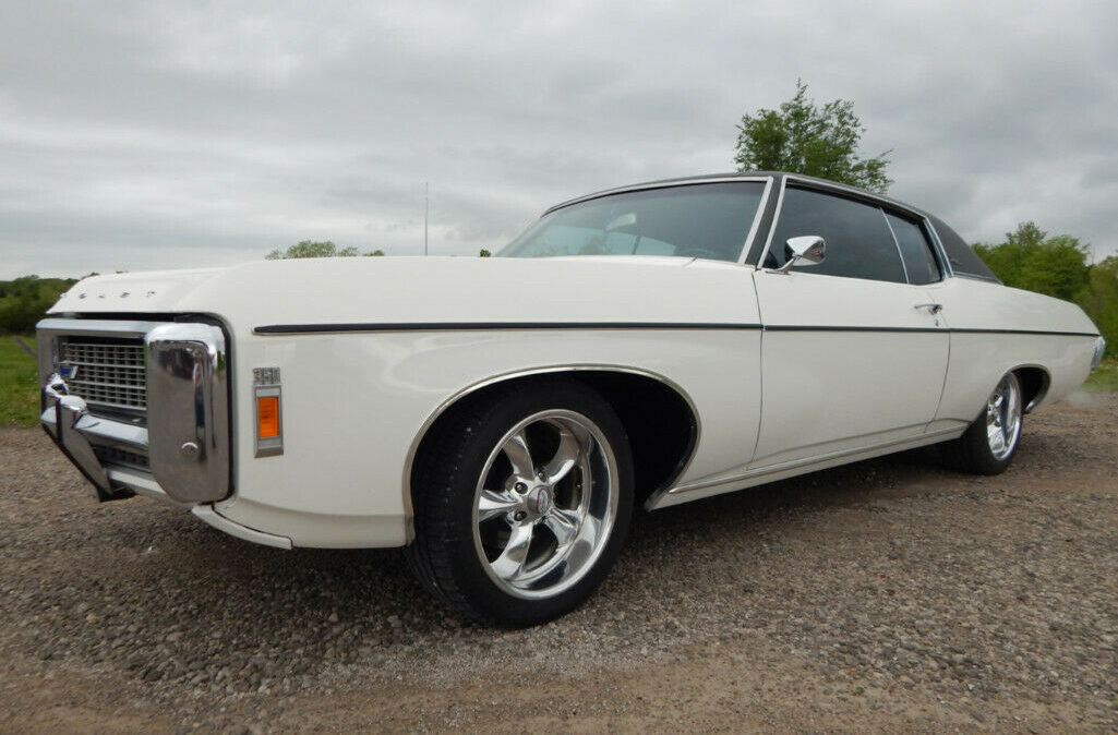 1969 Chevrolet Impala Custom2