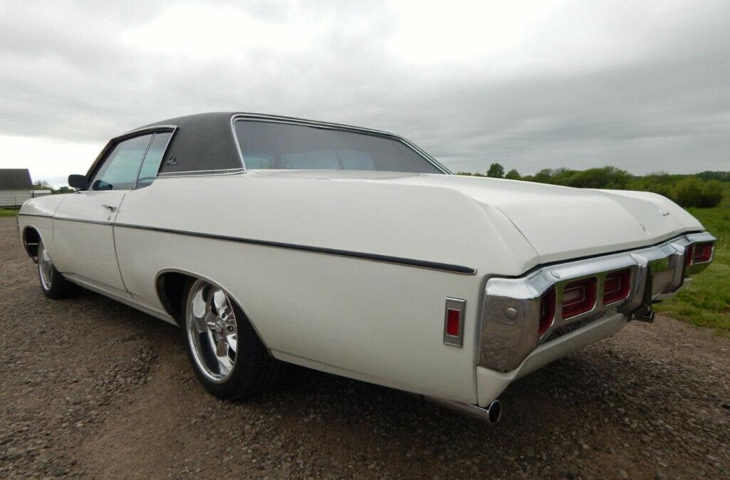 1969 Chevrolet Impala Custom4