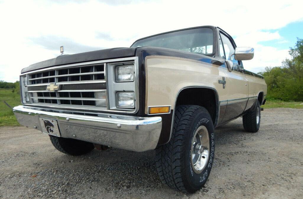 1987 Chevrolet-pickup1