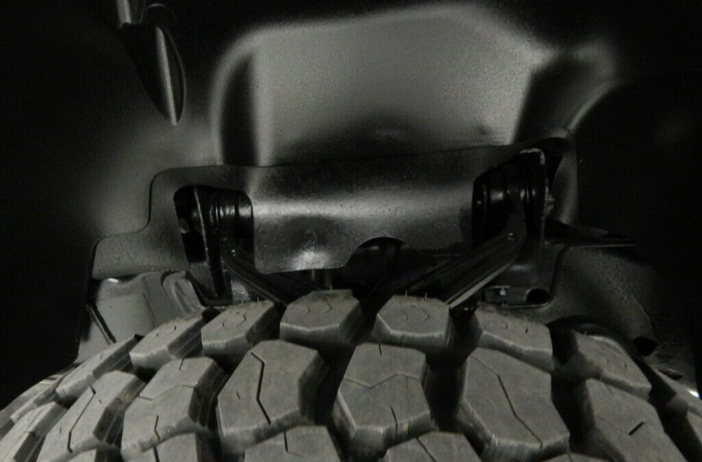 2011-Chevrolet-C-K-Pickup-2500-Silverado-019