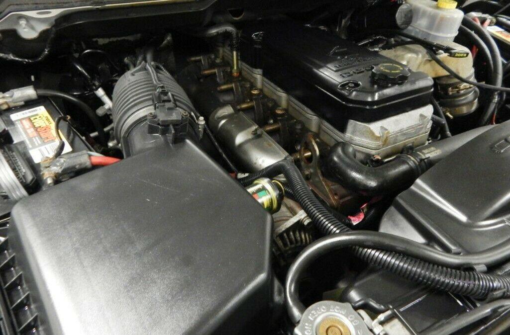 2003-Dodge-Ram-2500-SLT-014