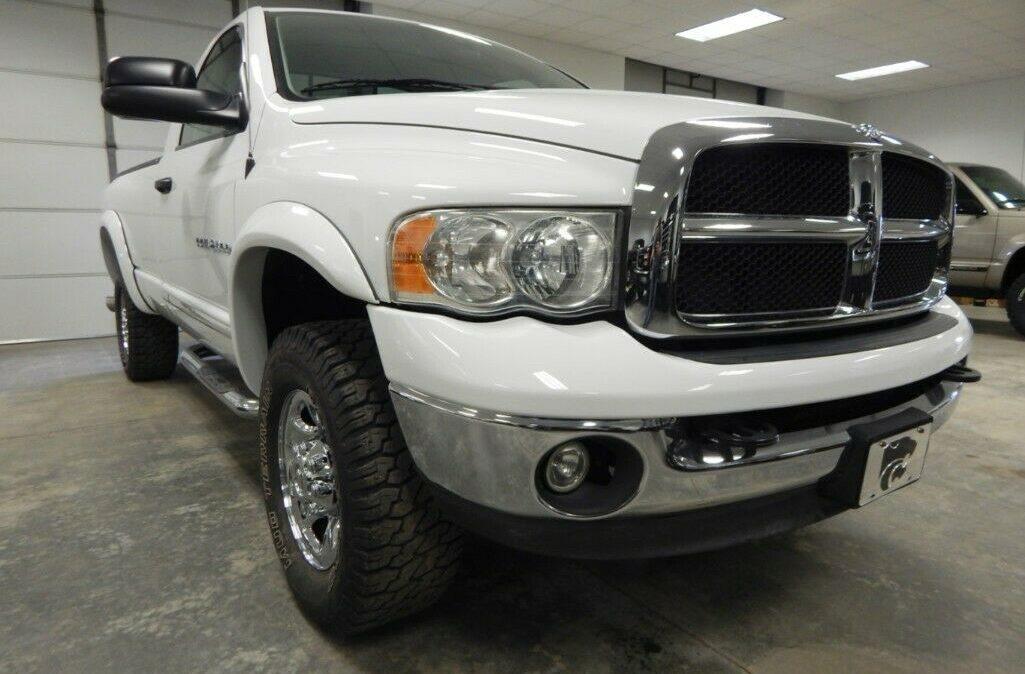 2003-Dodge-Ram-2500-SLT-04