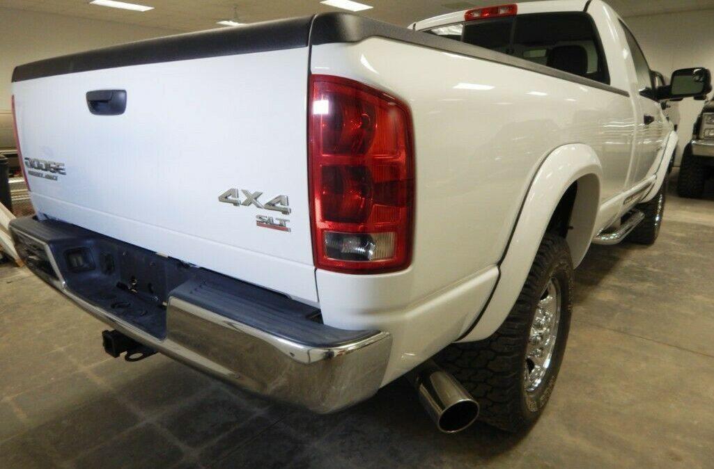 2003-Dodge-Ram-2500-SLT-06