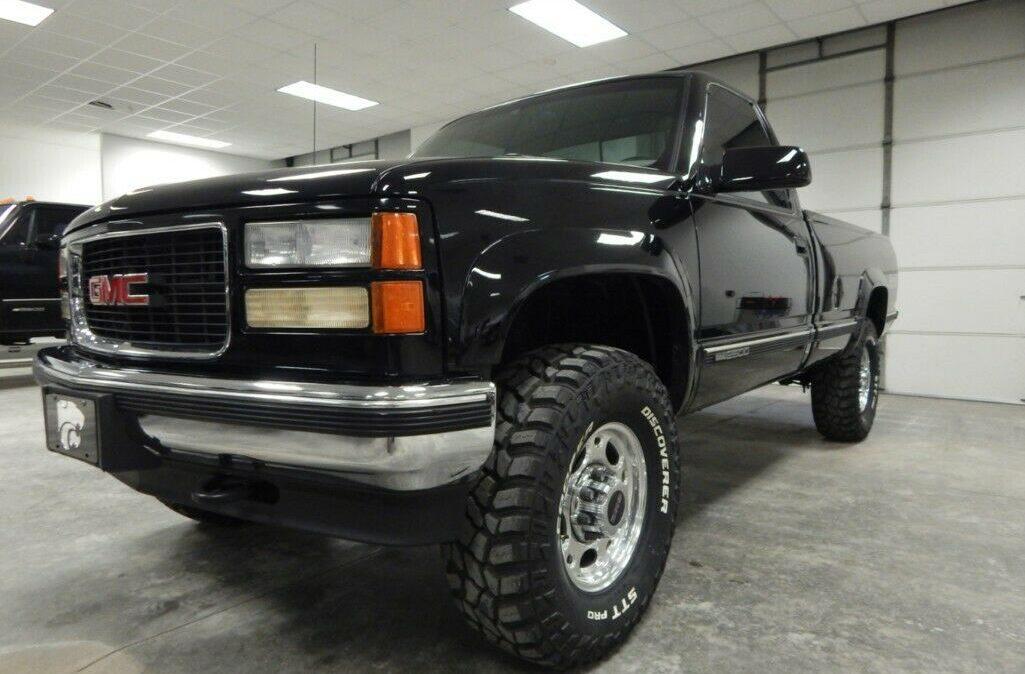 1998-Chevrolet-C-K-Pickup-2500-03