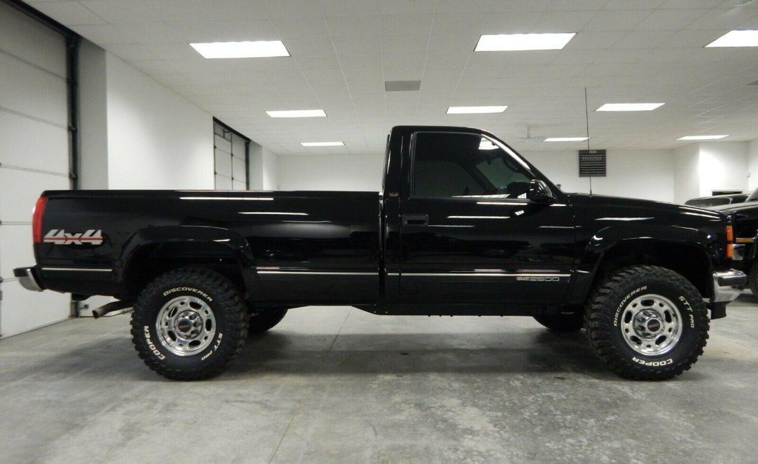 1998-Chevrolet-C-K-Pickup-2500-06