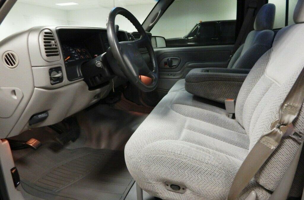 1998-Chevrolet-C-K-Pickup-2500-08