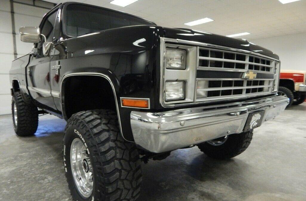 1987-Chevrolet-C-K-Pickup-1500-Silverado-04