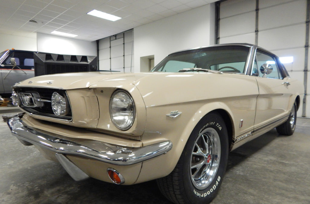 Clint Silver - 1966 Ford Mustang GT (1)