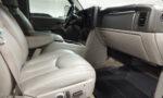 2005 Chevrolet Suburban 2500 (8)