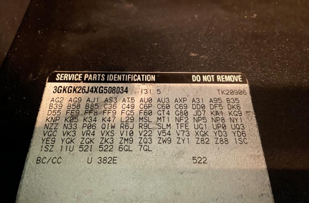 1999 GMC Suburban 2500 (24)
