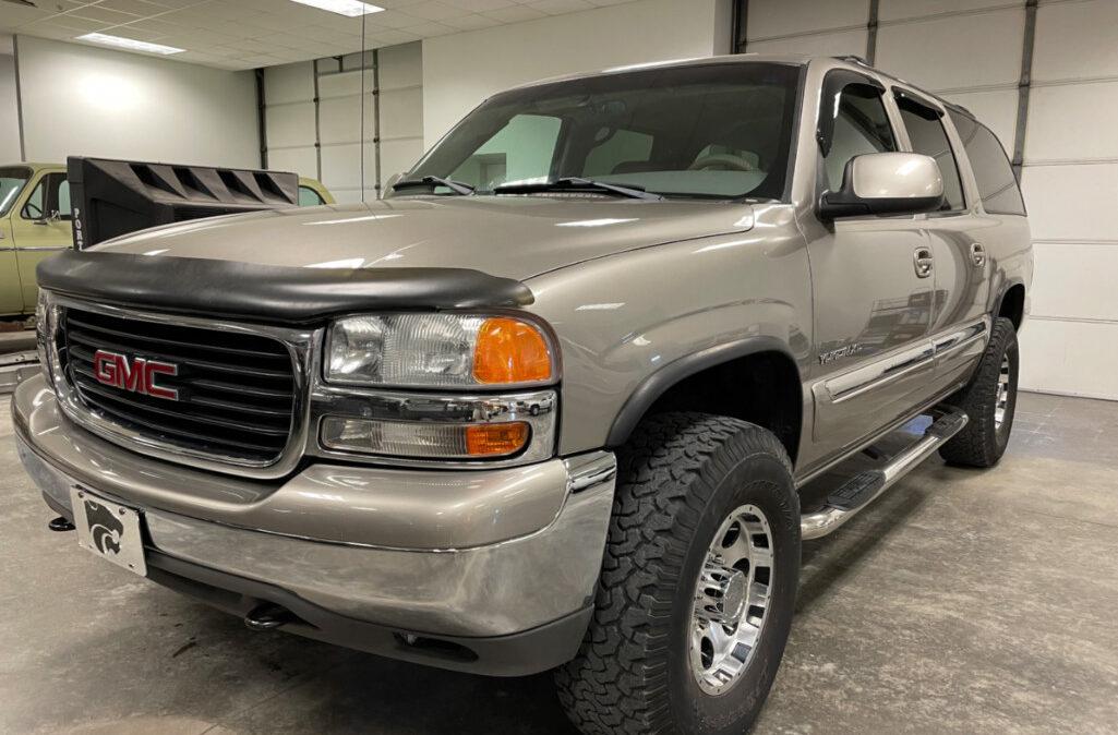 2001 GMC Yukon XL 2500 (1)